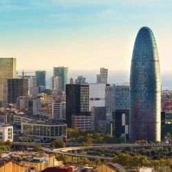 Barcelona gana a Madrid en inversión oficinas por primera vez impulsada por la compra de la Torre Glòries
