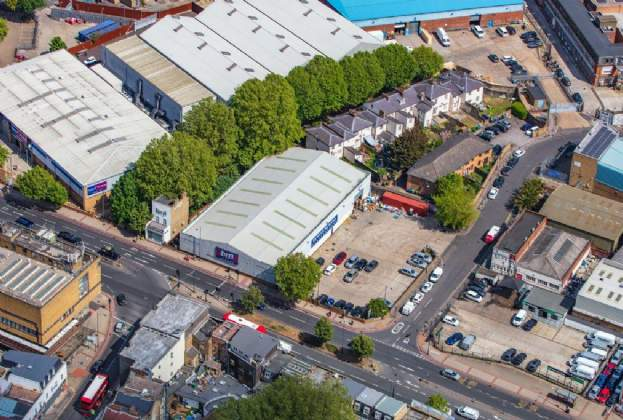 Savills Investment Management completes on sale of B&M, Old Kent Road