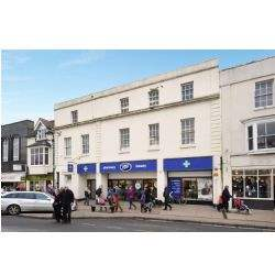 Prime Stratford-upon-Avon retail unit sold for £5 million