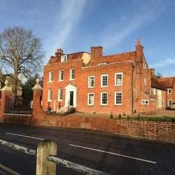 Cobham's Grade II* Cedar House comes to market as bar, restaurant or hotel
