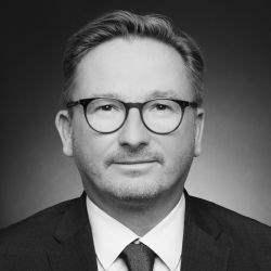 Daniel Kroppmanns wird Director Retail Agency bei Savills