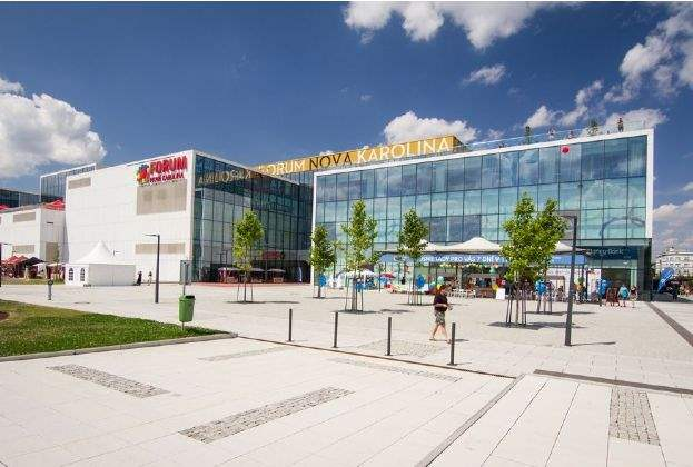 Meyer Bergman/HOOPP JV sells Czech Nová Karolina mall