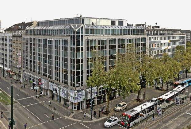 Savills berät bei Flächenerweiterung und Repositionierung in der Graf-Adolf-Straße 35-37 in Düsseldorf