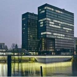 """Savills vermittelt 750 m² in der Düsseldorfer """"Hafenspitze"""""""