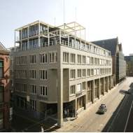 Savills advises aik in purchase of the Hague office building