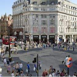 £100 million+ deals dominate West End market