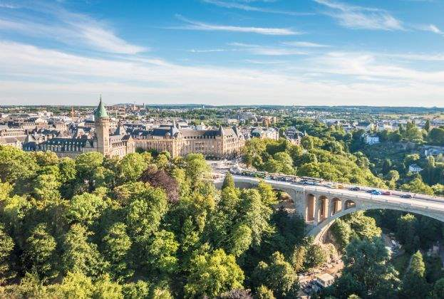 Savills Luxembourg advises Grossfeld PAP on the sale of 10,500 sq m office building in Luxembourg to Intesa
