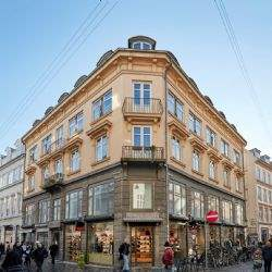 Savills advises Aberdeen Standard Investment on sale of a prime retail block in Copenhagen for DKK 565m