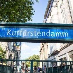 Vermittlungserfolg für Savills: Erster deutscher Flagship Store von Roberto Cavalli in Berlin