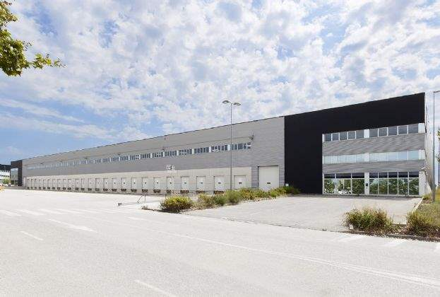 Savills Aguirre Newman asume la comercialización en exclusiva de una nave de 17.000 m² en La Granada del Penedès