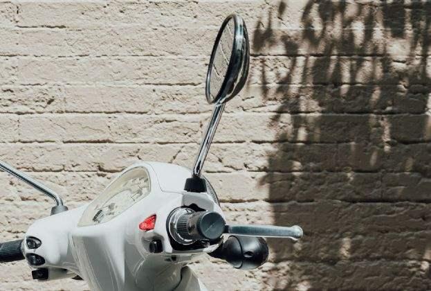 El fabricante de motocicletas eléctricas Silence abrirá su primera tienda propia de marca en los bajos del Hotel Presidente
