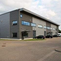 Savills doradzał przy sprzedaży nowoczesnego obiektu typu small business unit w Łódź Business Park