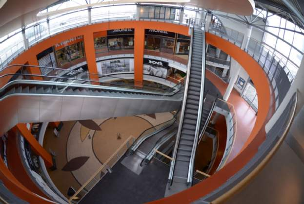 New tenant and lease extensions for MegaStores in The Hague, the Netherlands