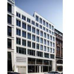 Savills betreut Coworking-Anbieter bei Anmietung am Neuen Wall in Hamburg