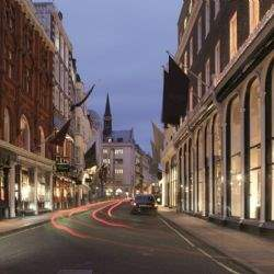Bond Street's 'super luxury' profile intensifies as proportion of luxury stores rises to 73.9% - Savills