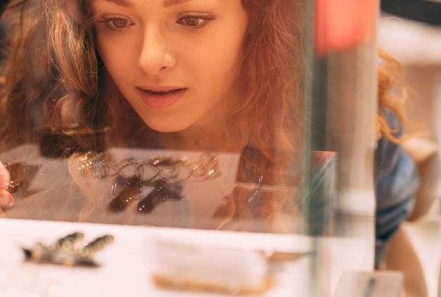 Berlin: Savills berät Juwelier Niessing