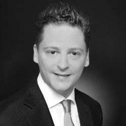 Maximilian Brauwers ist neuer Associate Director im Savills Investment Team