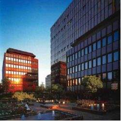 Savills vermittelt Bürofläche an Centro Hotels in Düsseldorf-Rath